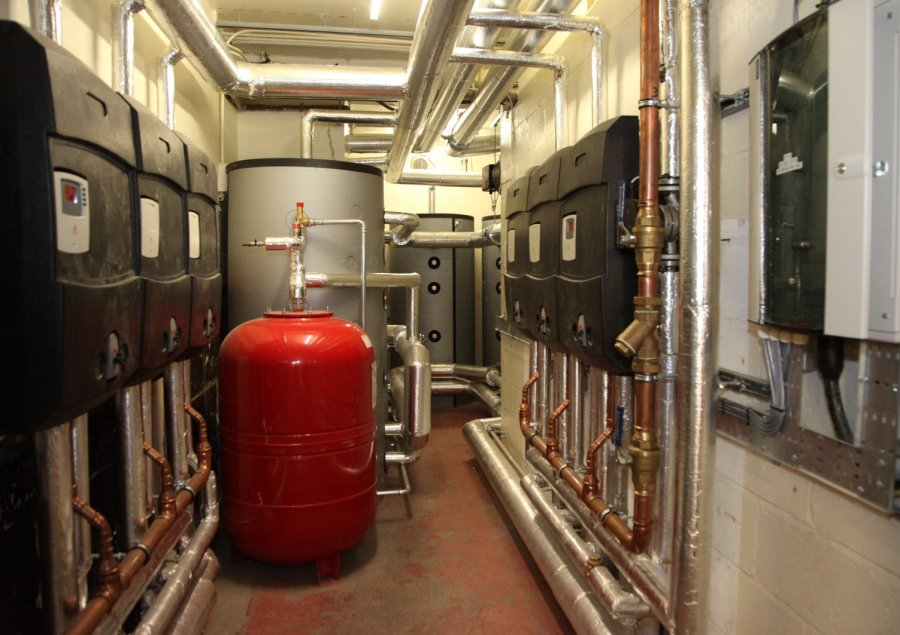 High tech offices using renewable technologies with digital pump stations