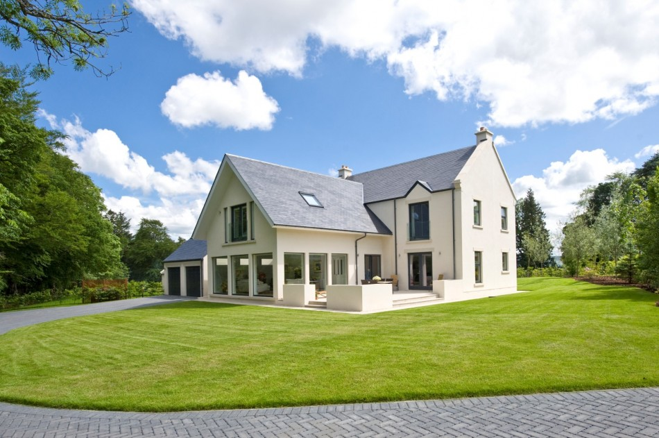 Efficient oil boiler, central heating, Solar PV and Underfloor heating, in an energy efficient new build